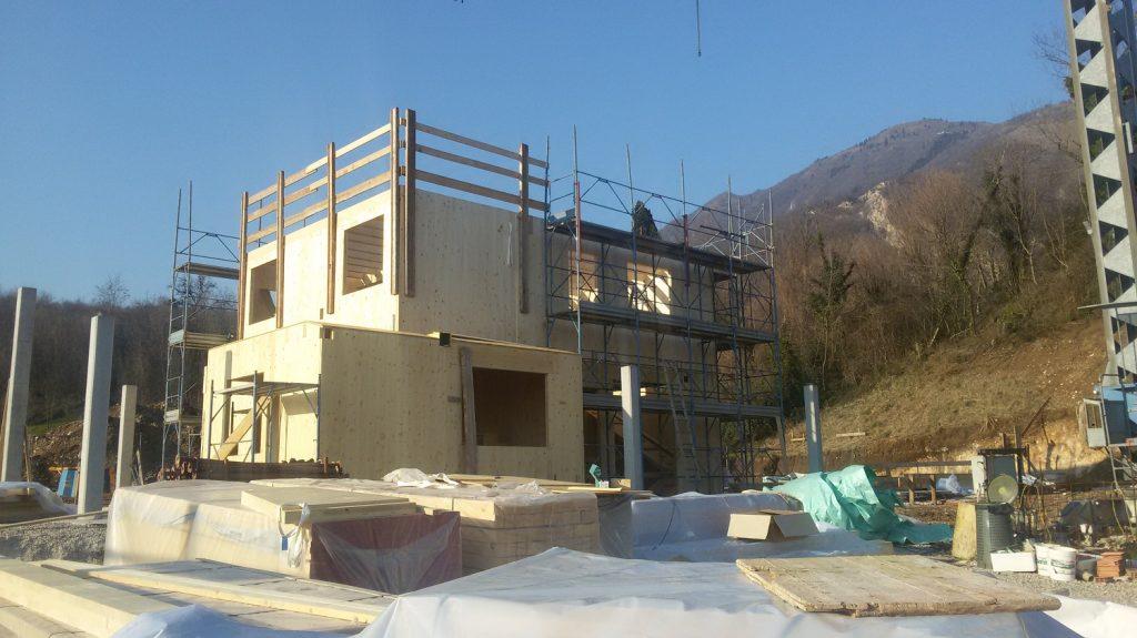 case-in-legno-casa-di-legno-case-prefabbricate-prefabbricata-prefabbricati-costi-prezzi-passiva-classe-oro-passive-progettazione-progetti-architetto-studio-architettura-4