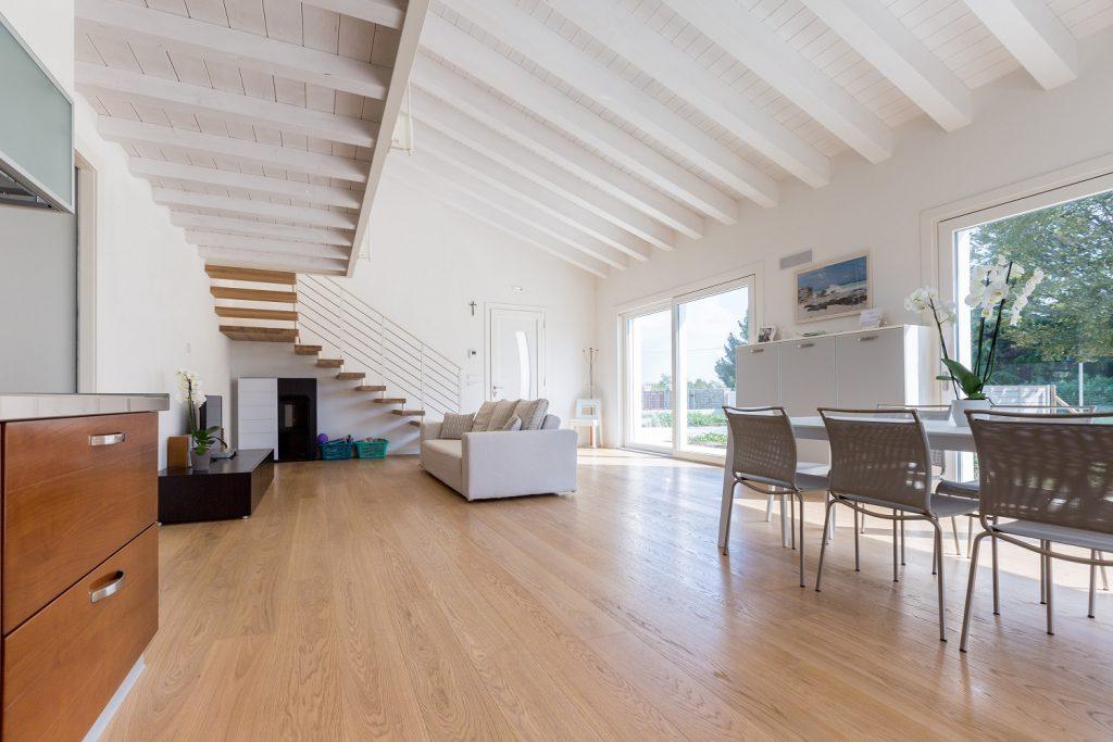 Costi prezzi reali di costruzione consuntivi chiavi in mano casa ecologica passiva in provincia - Alzare casa di un piano costi ...