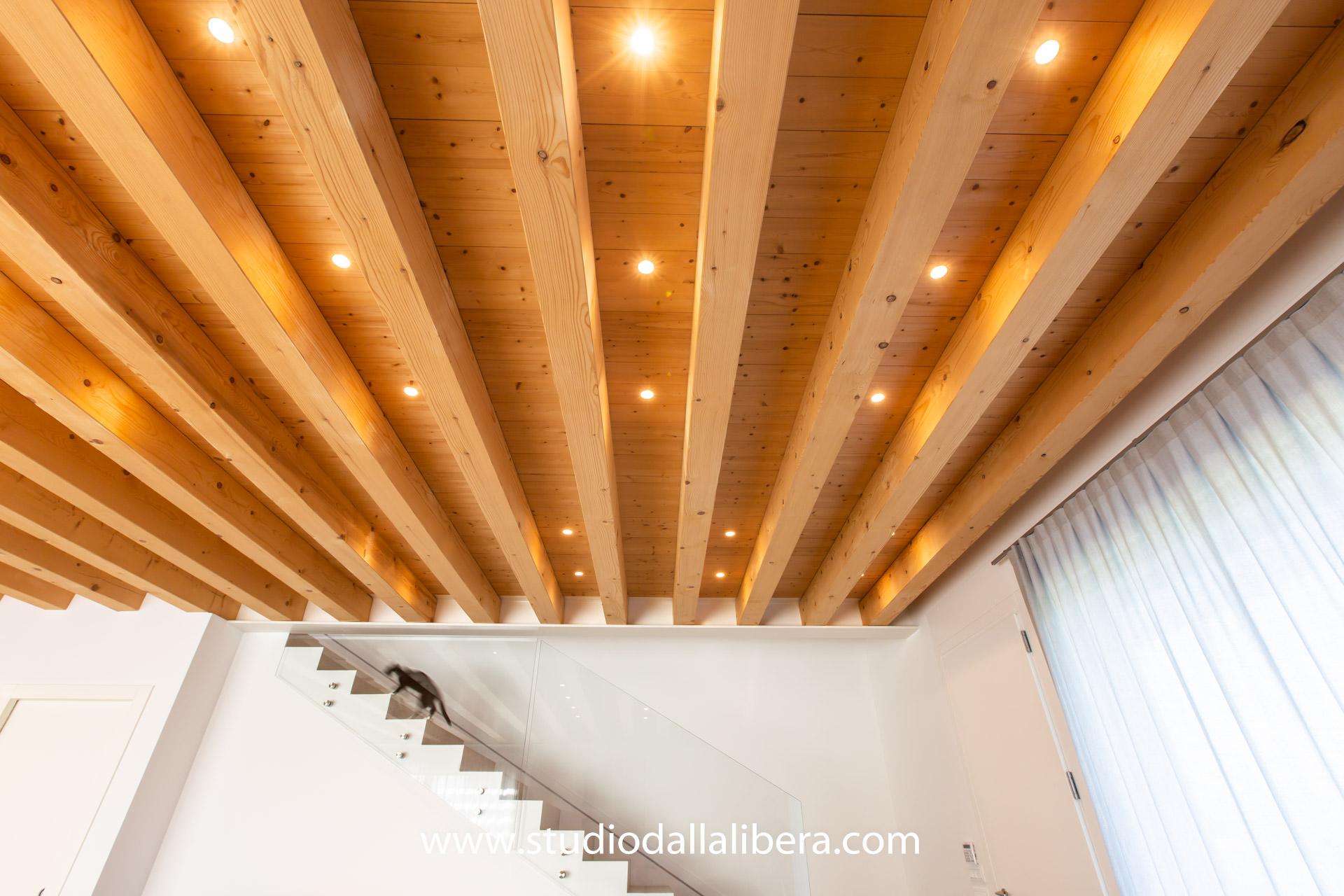 Nuova Serramenti Del Grappa casa in legno ecologica passiva a thiene, (vicenza). casa in