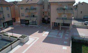 Piazzale casa 1